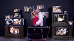 DoctorAdventures.com - Jessa Rhodes beside Johnny Sins facial