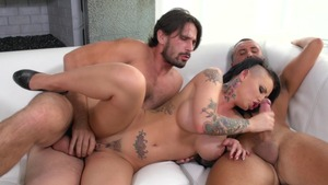 BigButtsLikeItBig.com - Christy Mack & Keiran Lee butt sex