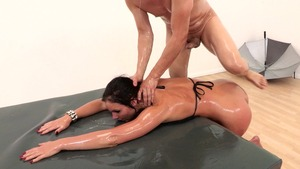 Big Wet Butts - Brunette Phoenix Marie gaping sex tape in HD