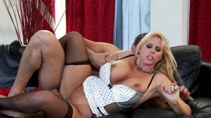 MILFs Like It Big: Karen Fisher & Ramon Nomar spanking