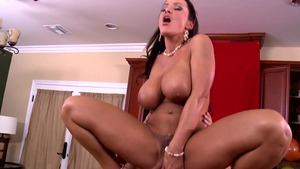 MommyGotBoobs - Brunette Lisa Ann POV blowjob at the party