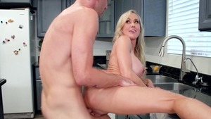 MommyGotBoobs - Large tits Brandi Love fingering