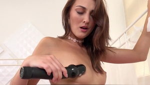 Wet and Puffy: European Katy Rose stretching
